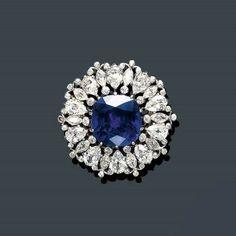 Diamond Gecko Brooch Carats Pre Owned – Modern Jewelry Gemstone Brooch, Diamond Brooch, Gemstone Jewelry, Oxidised Jewellery, Edwardian Jewelry, Antique Jewelry, Vintage Jewelry, Tiffany Jewelry, Belle Epoque