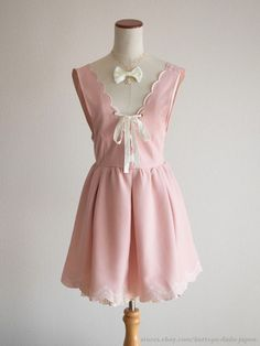 LIZ LISA Lace-up Scalloped Pink Jumper Dress JSK Romantic Lolita Hime Japan #LIZLISA #JumperskirtJSKPeplum #Shibuya109Lolitafashion