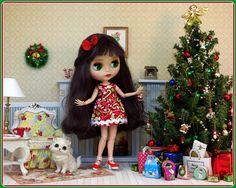 Merry Christmas Blythe doll - photo by Debby Emerson