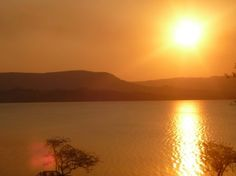 I love Africa (not the people who run SA I hasten to add) - this is a collection of my favorite sunset images