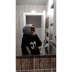 Cute Boyfriend Pictures, Cool Girl Pictures, Girl Photos, Arab Girls Hijab, Muslim Girls, Hijabi Girl, Girl Hijab, Stylish Girls Photos, Stylish Girl Pic