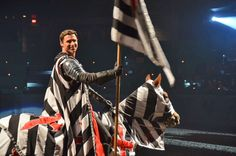 9 out of 10 family travel bloggers agreed that the talent at @MedievalTimes is easy on the eyes (@Paul Eisenberg withheld judgment), #FTCDallas.