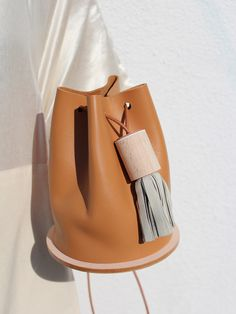 leather bucket bag in brown