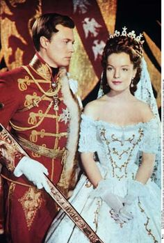 sissi the movie Princesa Sissi, Empress Sissi, She's A Lady, French Actress, Orson Welles, Movie Costumes, Wedding Story, Alain Delon, Old Movies