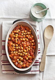 """Receta 191: Garbanzos refritos » 1080 Fotos de cocina  - proyecto basado en el libro """"1080 recetas de cocina"""", de Simone Ortega. http://www.alianzaeditorial.es//fichaGeneral/ficha.php?obrcod=31064=34"""