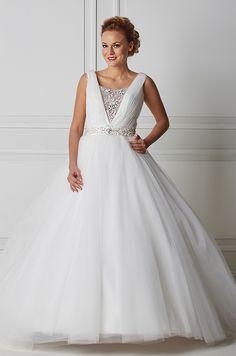 Mecco hääpuku MW10032 Formal Dresses, Wedding Dresses, Fashion, Tea Length Formal Dresses, Bride Dresses, Moda, Formal Gowns, Bridal Wedding Dresses, Fashion Styles