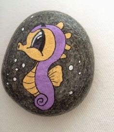 Pebble Painting, Pebble Art, Stone Painting, Painted Rocks Craft, Hand Painted Rocks, Rock Painting Ideas Easy, Rock Painting Designs, Stone Crafts, Rock Crafts