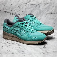 The @kith x ASICS Gel-Lyte III Cockatoo, it came and went in a flash #sneakerfreaker #snkrfrkr #asics #gellyteiii #kithstrike