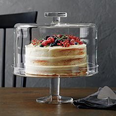 Shop Footed Cake Stand with Dome. For spectacular dessert presentation, our cake stand is generously sized to accommodate larger cakes or tortes. Fitted dome preserves freshness, has functional knob handle for easy lifting. Cool Kitchen Gadgets, Kitchen Items, Cool Kitchens, Kitchen Decor, Cake Stand With Dome, Cake Dome, Cupcake Stands, Glass Cakes, Kitchen Essentials