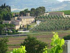 Blick auf das landwirtschaftliche Gebäude aus dem 18. Jahrhundert der Kellerei #Pucciarella