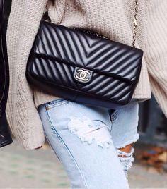 #chanel chevron 2.55 flap bag