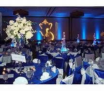 Very Similar Centerpieces To What I Want Not Sure If Will Do Blue Or