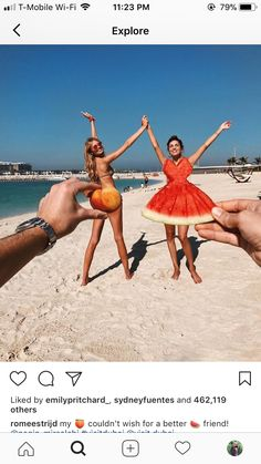 fotoshoot Romee Strijd and Frinds Beach Pictures, Cute Pictures, Moda Instagram, Instagram Ideas, Negin Mirsalehi, Innocent Girl, Soul Sisters, Tumblr Girls, Beautiful Beaches