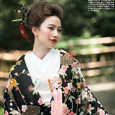 モダンに大人な雰囲気 に。。。 かっこいいですよね #wedding#和装 #hair#make
