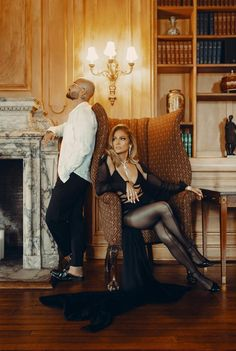 Pictures Of Jennifer Lopez, Latino Men, Papi, Blue Skinny Jeans, Christina Aguilera, Marry Me, Mom And Dad, The Hamptons, Pop Culture