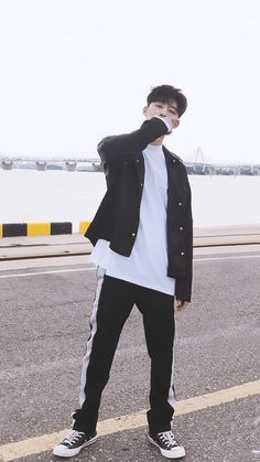 #iKON #bobby #jiwon #아이콘 #김지원 #바비 #バビ#JAY #JUNE #BOBBY #BI #song #yunhyeong #송윤형 #ユニョン#dk #donghyuk #김동혁 #ドンヒョク#정찬우 #chan #chanwoo #チャ.