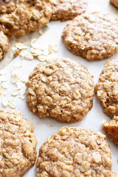 An easy recipe for the BEST Vegan Oatmeal Cookies! Chewy, moist centers with crispy, caramel-y edges & packed with comforting oatmeal. Oat Cookie Recipe, Vegan Gluten Free Cookies, Oatmeal Coconut Cookies, Oatmeal Cookie Recipes, Healthy Cookies, Simple Oatmeal Cookies, Vegan Banana Cookies, Oat Flour Cookies, Easy Vegan Cookies