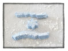 marshmellow flag דגל ישראל ממרשמלו ביתי רעיונות ליצירה ליום העצמאות #Yom_Haatzmaut https://shikmabenmelech.com/2016/05/09/yom_haatzmaut_collection/