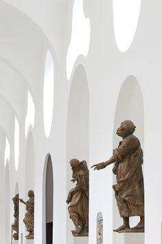 INTERIOR REMODELLING, ST MORITZ CHURCH / John Pawson