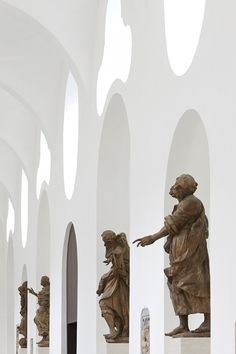 Interior Remodeling of St. Moritz Church / John Pawson