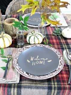 Holly Mathis Interiors: Gather Around The Table