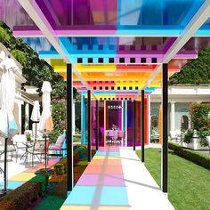 """#bristol #paris8 #palace #paris #coulor #garden #magic #loveit #art #socool @lebristolparis http://the-indexe.com/2016/06/de-la-couleur-pour-nos-coeurs-daniel-burene-bristol-paris-8eme/"""""""