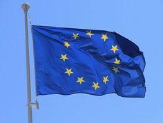 #junckerplan: dall'UE 315 miliardi € per #occupazione Obiettivo: un milione di posti di #lavoro nei prossimi 3 anni.