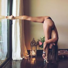 If we know the divine art of concentration, if we know the divine art of meditation, if we know the divine art of contemplation, easily and consciously we can unite the inner world and the outer world. –Sri Chinmoy @mylittleyogi Follow @yogalooksgood for more