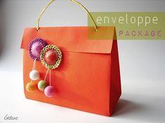 DIY / tuto enveloppe package - Gédane & bretzels Box Template Maker, Envelopes, Diy Pochette, Gift Wraping, Printable Box, Diy Envelope, Paper Packaging, Diy Box, Simple Gifts