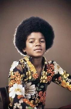 """En sus inicios cuando el pequeño Michael pertenecía a la agrupación """" The Jackson 5""""."""