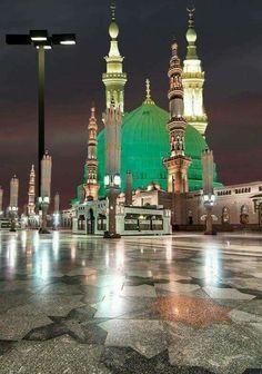 Saudi Arabia, Madina, Masjid Al-Nabvi Al Masjid An Nabawi, Masjid Al Haram, Islamic Images, Islamic Pictures, Islamic Art, Mecca Madinah, Mecca Masjid, Mosque Architecture, Religious Architecture