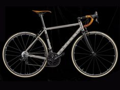 As a beginner mountain cyclist, it is quite natural for you to get a bit overloaded with all the mtb devices that you see in a bike shop or shop. There are numerous types of mountain bike accessori… Velo Retro, Retro Bike, Road Bikes, Cycling Bikes, Balance Bicycle, Titanium Road Bike, Bicycle Garage, Folding Mountain Bike, Bike Shoes