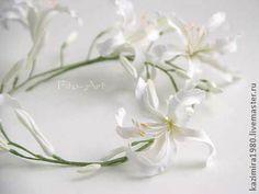 Свадебный венок с белой нериной - белый,венок,цветы в прическу,свадебные цветы