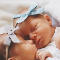 Cute Baby Twins, Twin Baby Girls, Cute Little Baby, Twin Babies, Baby Kids, Cute Baby Pictures, Newborn Pictures, Baby Photos, Tatum And Oakley