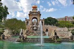 Фонтан *Каскад Венеры* в парке Сьютаделья. Барселона.