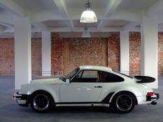 Porsche 911 3.3 Turbo « movisti classic automobiles