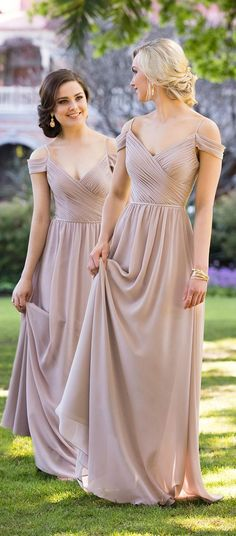 0bfb7a21f3 Vestidos V-Neck para las damas de honor  bridesmaids  bridesmaiddresses   wedding