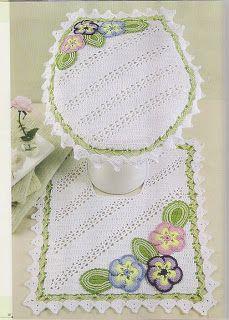 Martha Farineli Arte em Barbante: Jogo de banheiro de croche com flores em baixo rel...