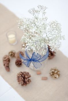 wedding reception center piece of baby's breathe  www.lillyandlillyphotography.com