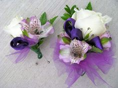 blue and purple boutonniere | Floralshowers | Boutonnieres & Corsages | FloralShowers