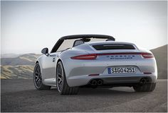 I'm not a great Porsche fan but this new 911 is awesome.