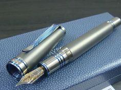 Visconti Pens Limited Edition | Visconti HRH Limited Edition Forbidden City Fountain Pen