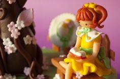 decorated fondant cake ^^