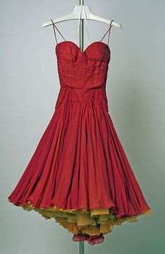 1950s, Jean Desses, a Met piece of artwork. The colour is delish and the skirt is pure whimsy. #jeans