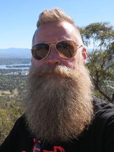 "thelastofthewine: "" beardelicious: ""I love a good beard trim "" "" Bald Men With Beards, Bald With Beard, Red Beard, Full Beard, Long Beards, Beard Love, Trimmed Beard Styles, Hipster Photo, Beard Gifts"