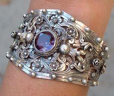 Bracelet | Guilermo Peruzzi.  Sterling silver and amethyst.   ca. 1920 - 1930, Boston.