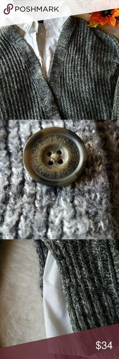 🌟 Abercrombie & Fitch Knit Style Cardigan 🌟 Gently Used Abercrombie & Fitch Knit Cardigan for sale!  Was only used once! Still in 10/10 condition. Practically new!  Very comfortable and such a nice gray color!  White undershirt not included. Just for picture only.  Get hyped up and ready for winter and keep warm! 👍 Abercrombie & Fitch Sweaters Cardigans