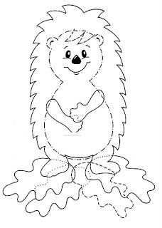 Colorir animais da floresta é maravilhoso? Coloring forest animals is wonderful? Halloween Crafts For Kids, Halloween Art, Kids Crafts, Diy And Crafts, Autumn Crafts, Autumn Art, Scary Pumpkin Faces, Hedgehog Craft, Free To Use Images
