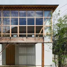 """Tetsuo Yamaji builds """"a non-mass-produced house with mass-produced components"""""""