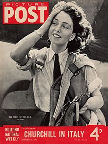 Maureen Dunlop de Popp, who has died aged 91, was one of a pioneering group of women pilots who flew the latest fighter and bomber aircraft with the wartime Air Transport Auxiliary (ATA). She achieved national fame as a cover girl when a Picture Post photographer captured her alighting from a Barracuda aircraft.